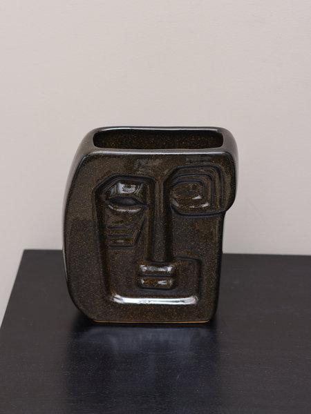 Madam Stoltz Vase Face Black Square