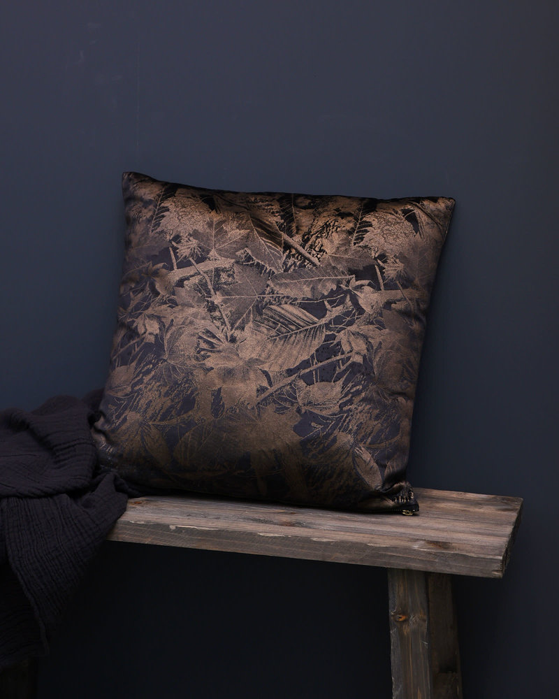 Cushion Leaves Black