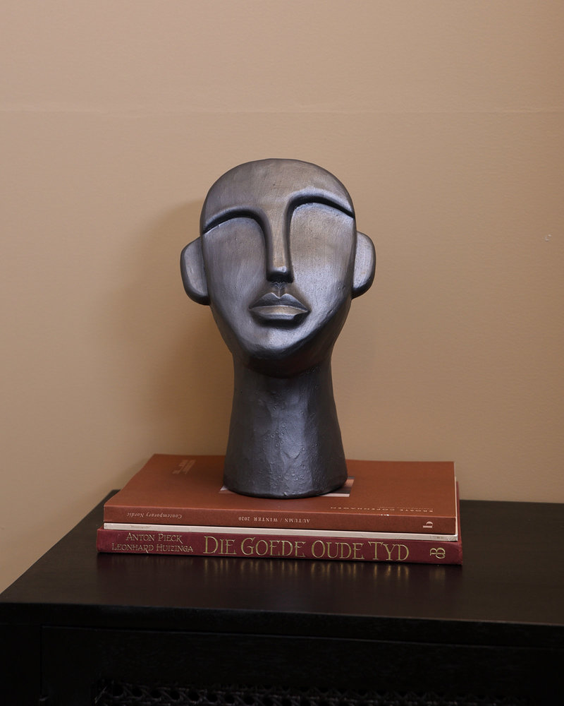 Big Grey Figure Head