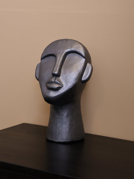 F&H Big Grey Figure Head