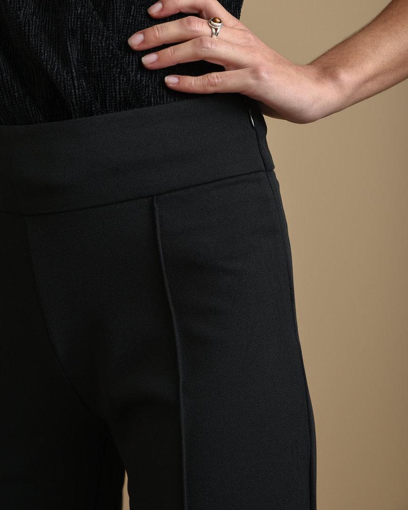 Victoria HW Pintuck Pant Black