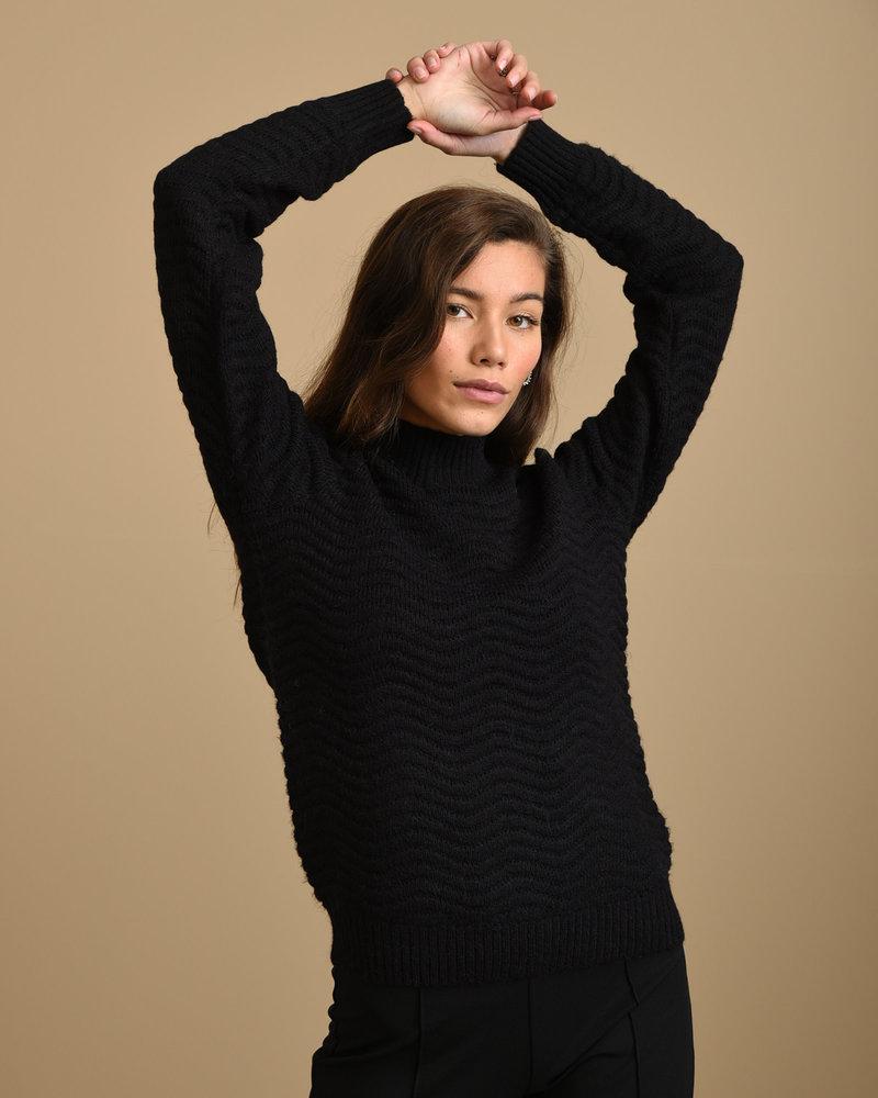 Betricia Knit Pullover Black