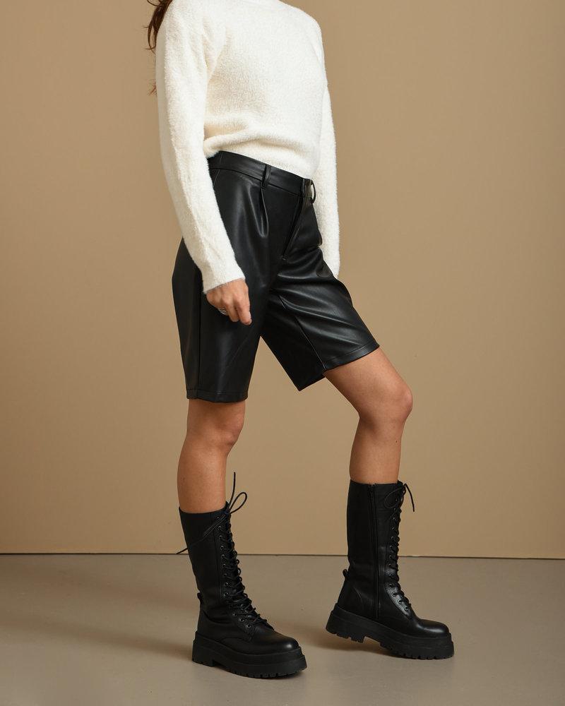 Wali Penny Bermuda Shorts Black