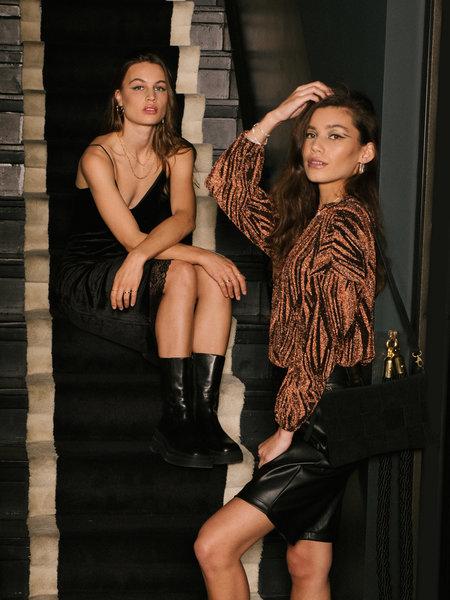 Rut & Circle Nina Lurex Sweater Black/Rust