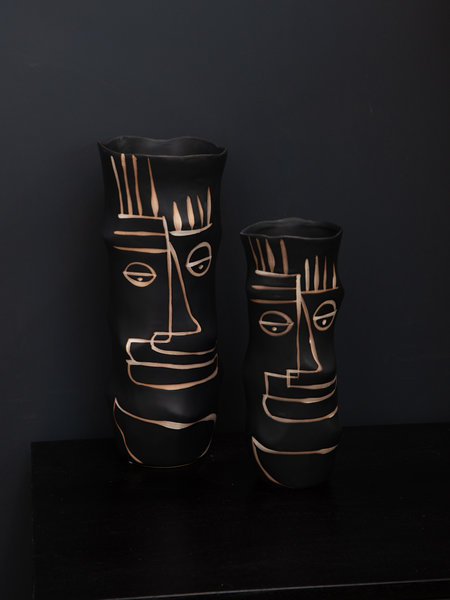 Black Vase Beige Stripes