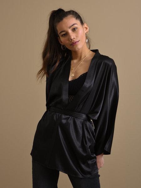 Things I Like Things I Love TILTIL Satin Kimono Black