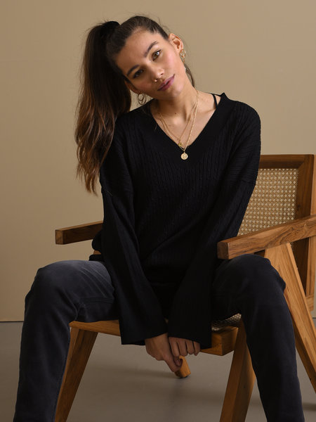 Things I Like Things I Love TILTIL Sofia Cable Knit Black