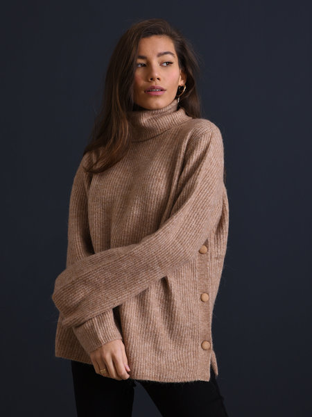 YAS Allu Roll Neck Knit Pullover Tawny Brown