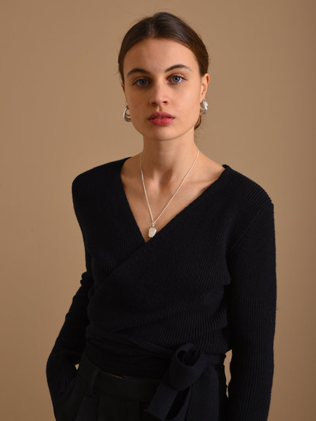 Things I Like Things I Love TILTIL Willy Knitted Wrap Top Black