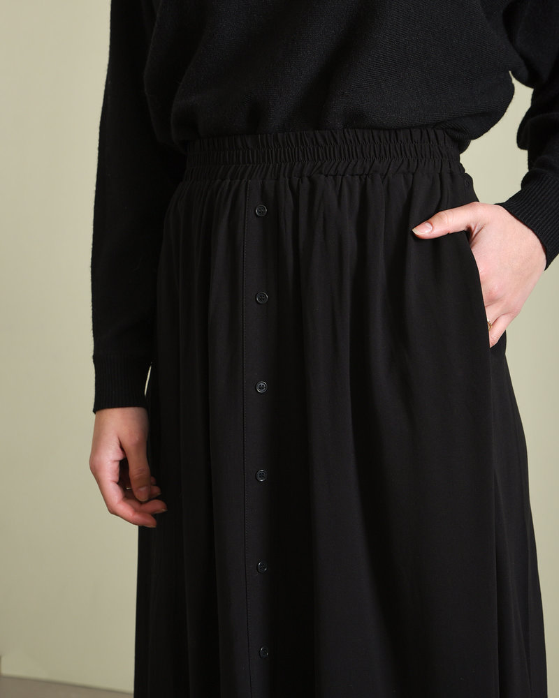 Savanna Midi Skirt Black