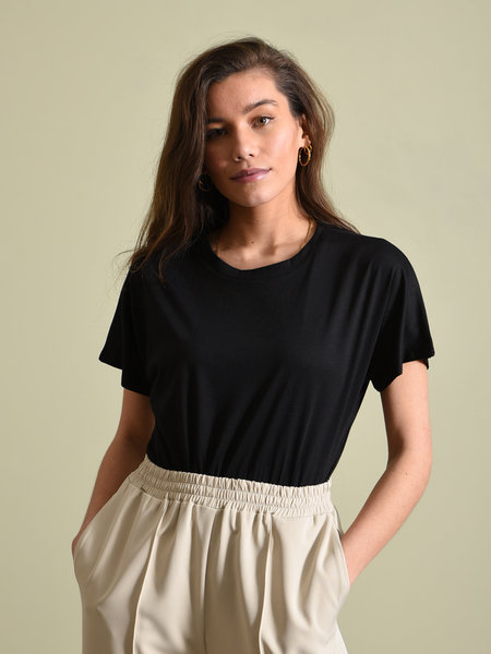 Things I Like Things I Love TILTIL Basic Tee Black