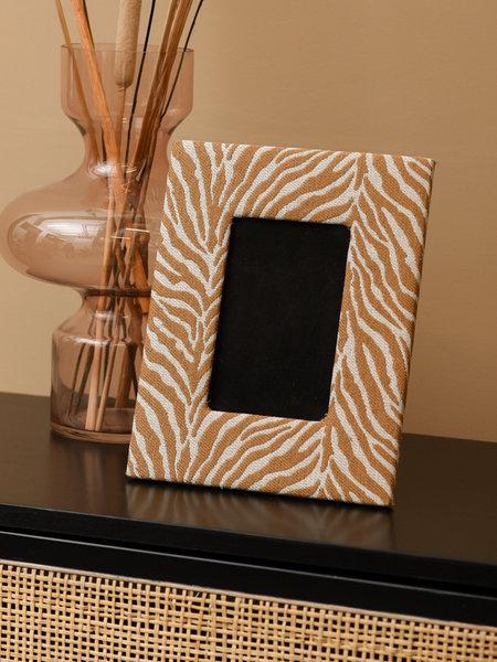 Frame Zebra