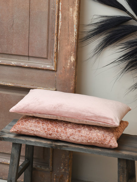 Cushion Khios Velvet Salmon Long