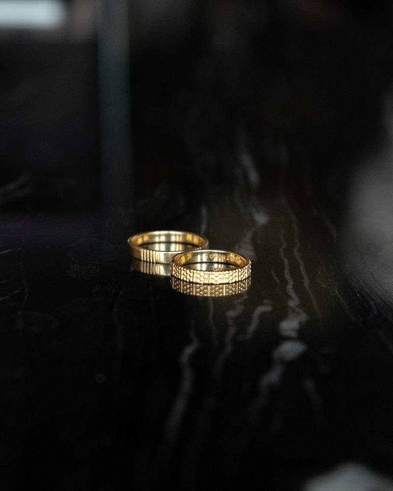 Dots N Stripes Ring Gold