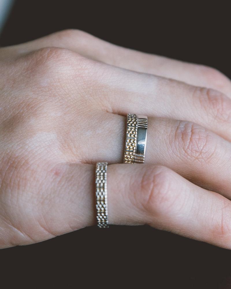 Dots N Stripes Ring Silver