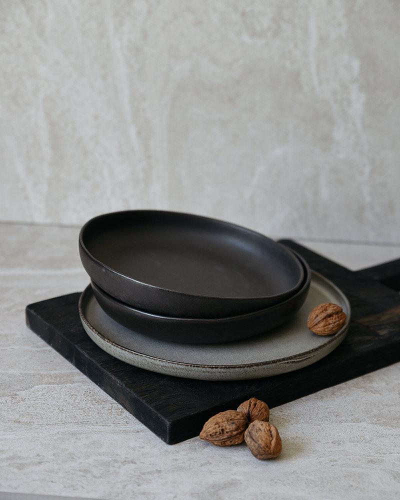 Deep Dinner Plate Matte Black