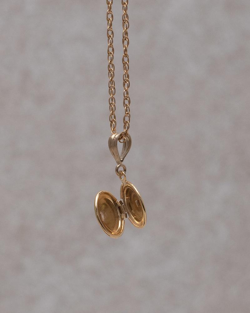 Necklace Charm Medallion Goldfilled