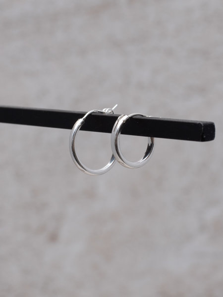 The Two Collectors Earring Chunky Hoop 15mm Silver