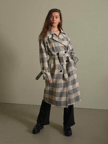 Rut & Circle Cassandra Coat Light Beige Check