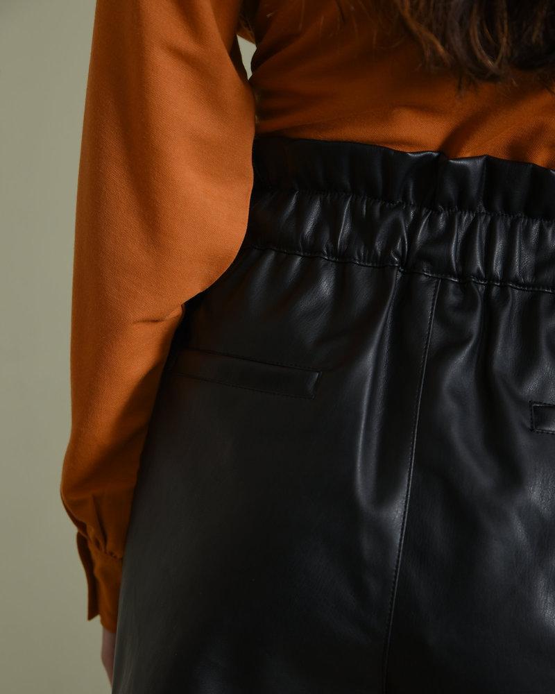 Elisa HW Shorts Black