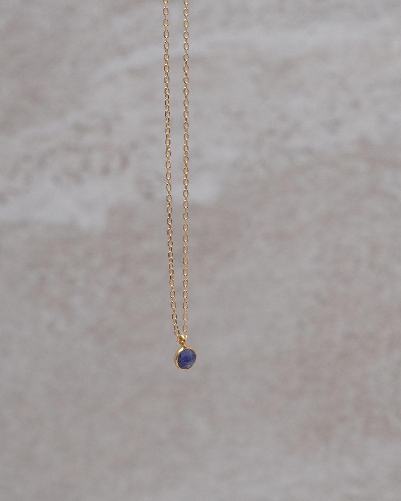 Gold Necklace Mini Dot Violet Solo