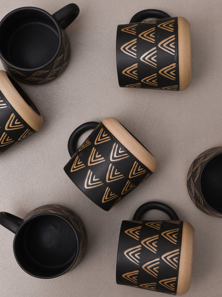 Sass & Belle Mug Wax Resist Triangles Black