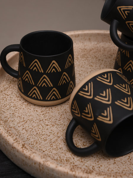 Sass & Belle Mug Wax Resist Triangles Black