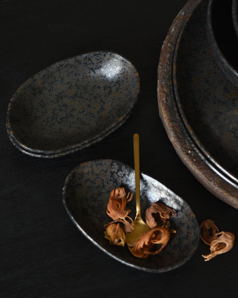 Small Oval Plate Basalt Black