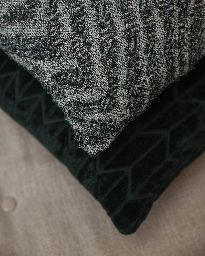 Cushion Jacquard Weave Zigzag