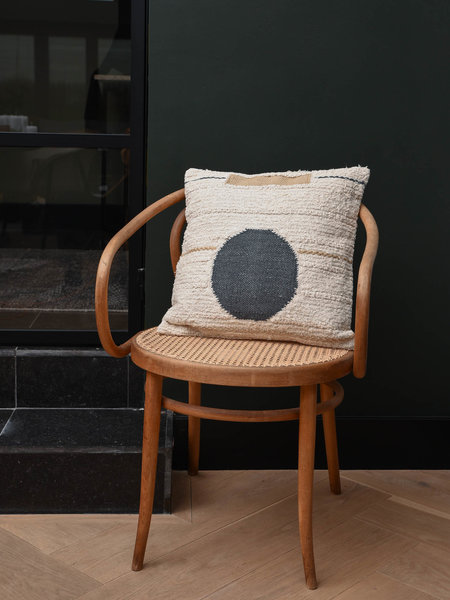 Cushion Dorus Cream Black