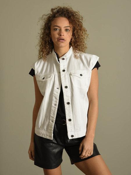 Rut & Circle Naomi Vest White