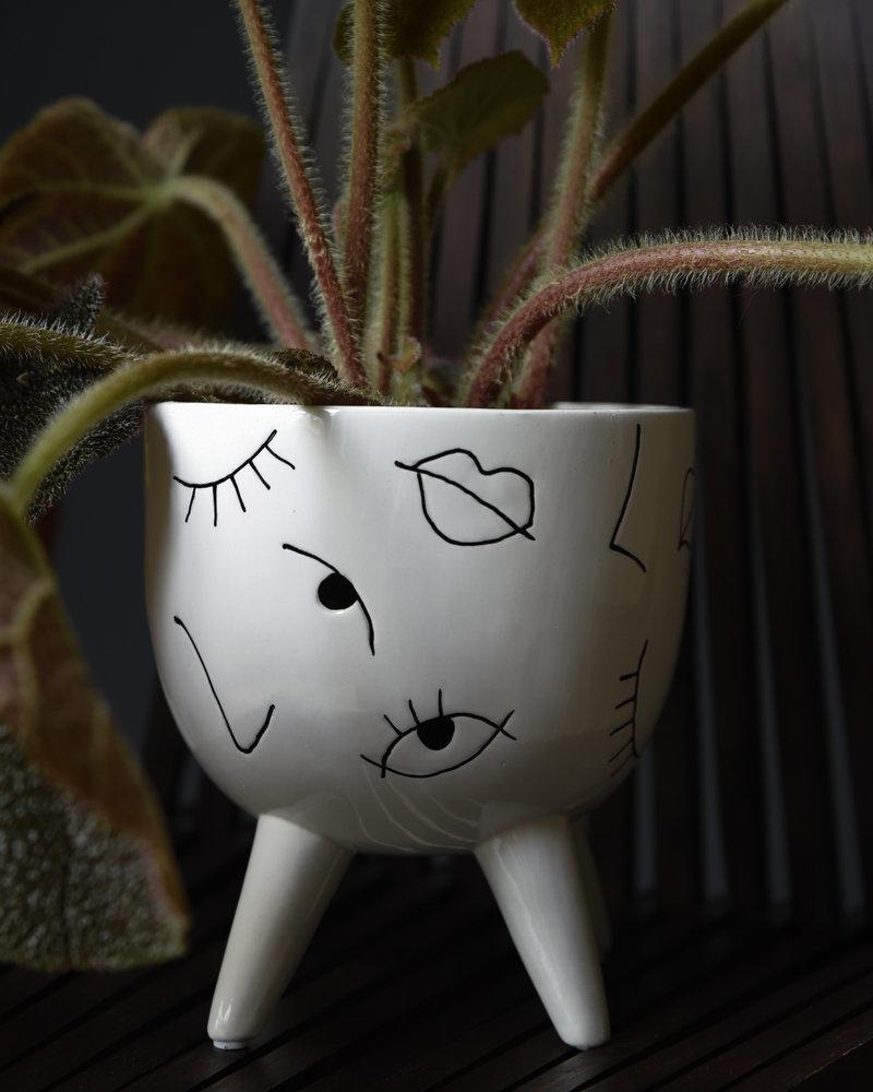 Planter Eyes Fine Earthenware