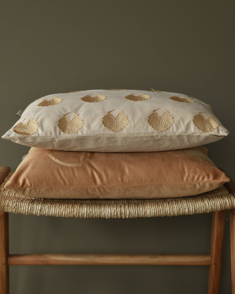 Cushion Shell Velvet Ivory