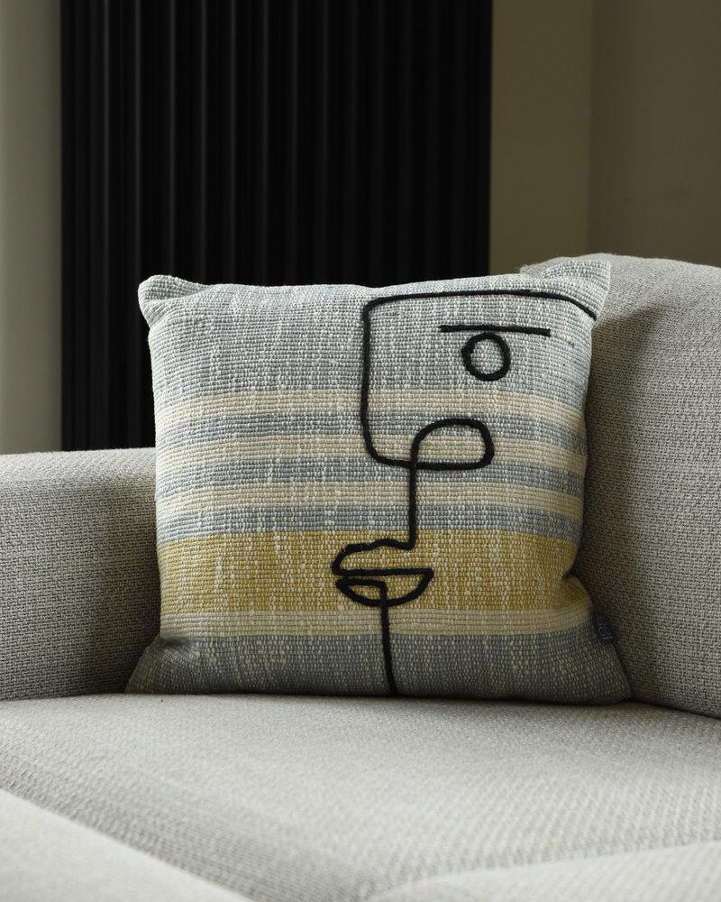 Cushion Cleo