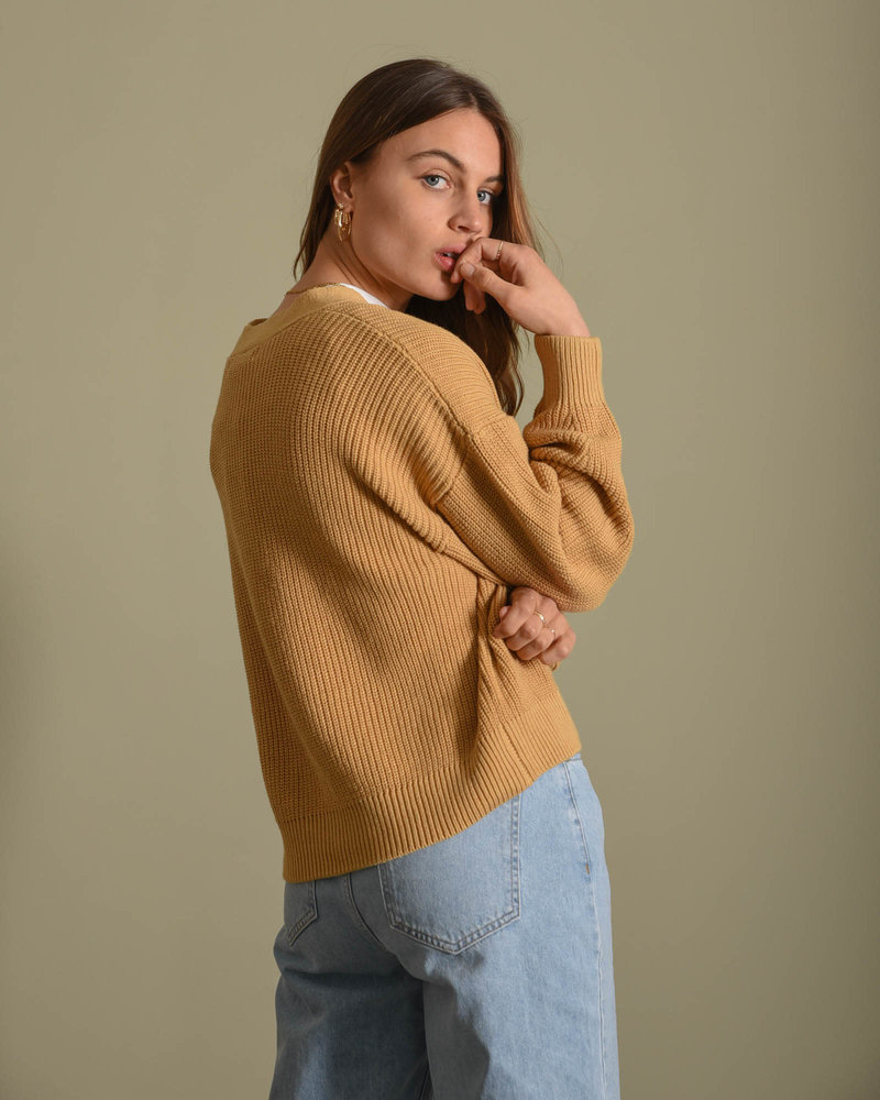 40783b Knitted Cardigan Brown