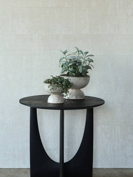 Madam Stoltz Planter Stoneware