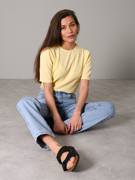 Rut & Circle Cornelia Puff Top Light Yellow