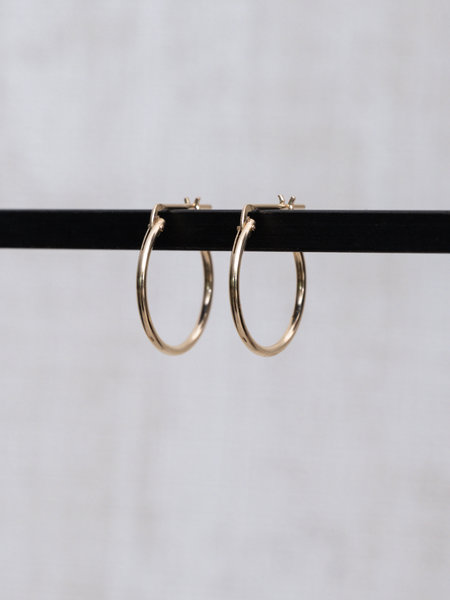 The Two Collectors Goldfilled Lucky Hoop 18mm