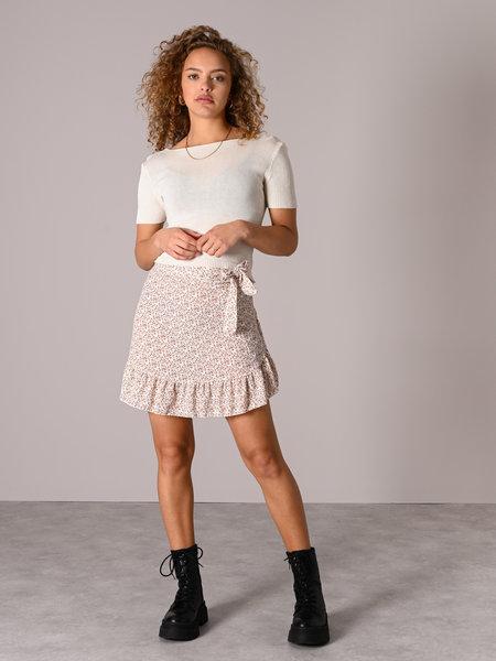 Things I Like Things I Love TILTIL Lisa Wrap Skirt Beige Flower