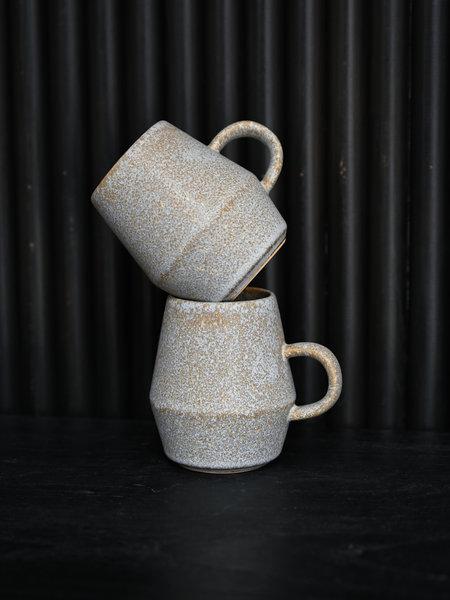 Madam Stoltz Mug Stoneware Taupe Big
