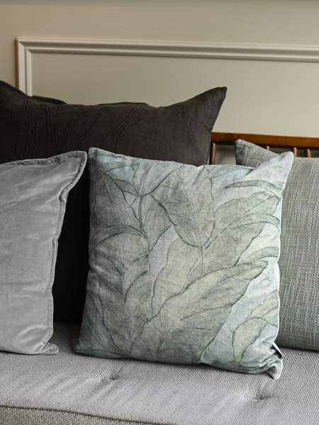 Cushion Velvet Leaves