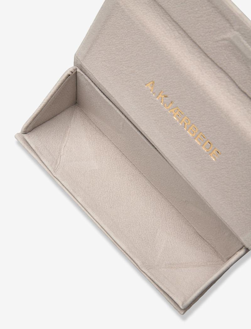 Fold Case Grey