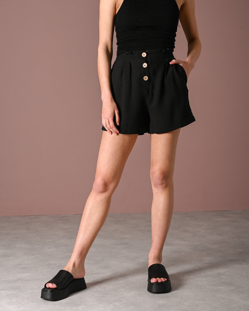 Manana HW Shorts Black