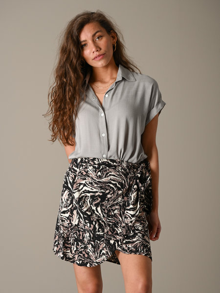 Things I Like Things I Love TILTIL Stone Blouse SS Grey