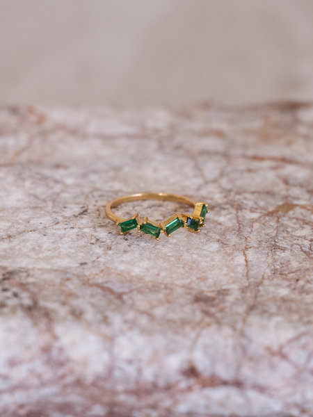 All The Luck In The World Cherie Zigzag Ring Green