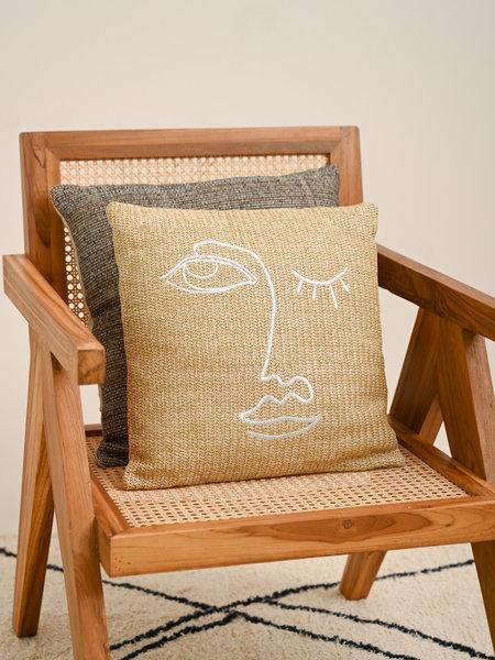 Cushion Amber Face