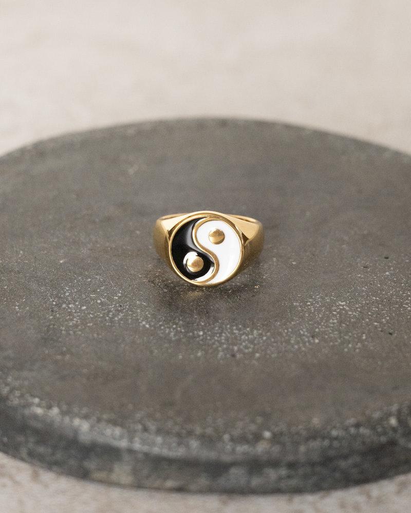 Yin Yang Ring Gold