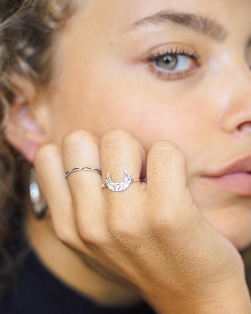 TTS Ring Silver Moony