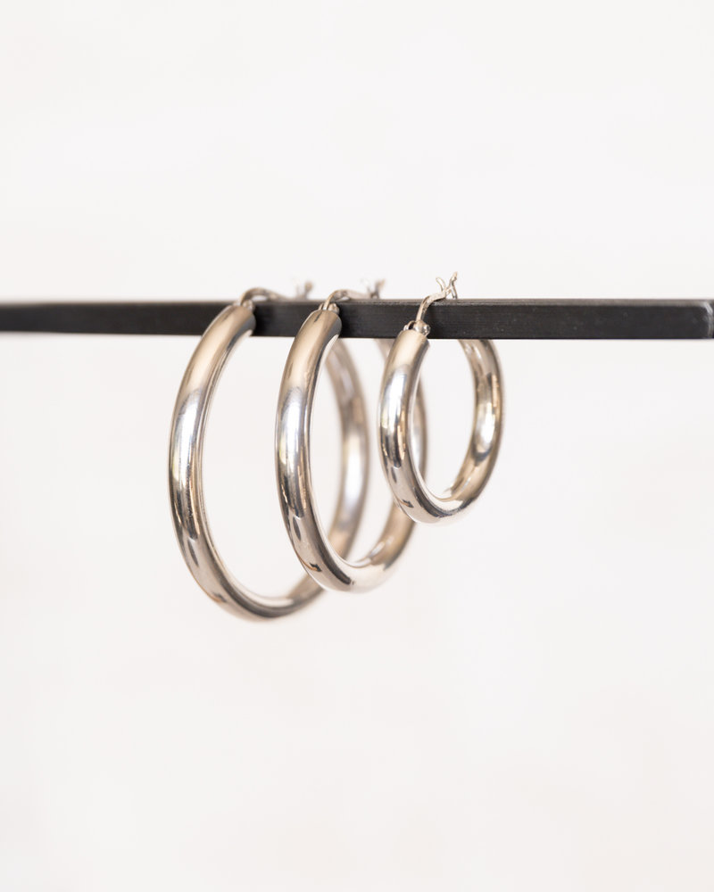 Billy Basic Thick Hoop