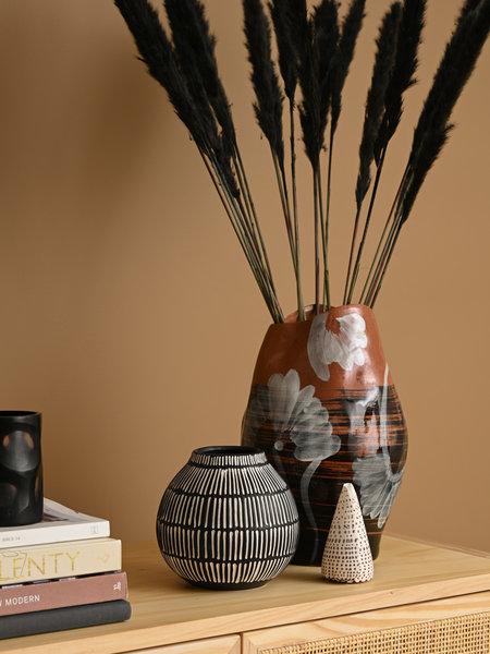 Elveda Vase Black Stoneware